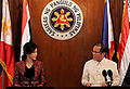 Thai pm and pnoy.jpg