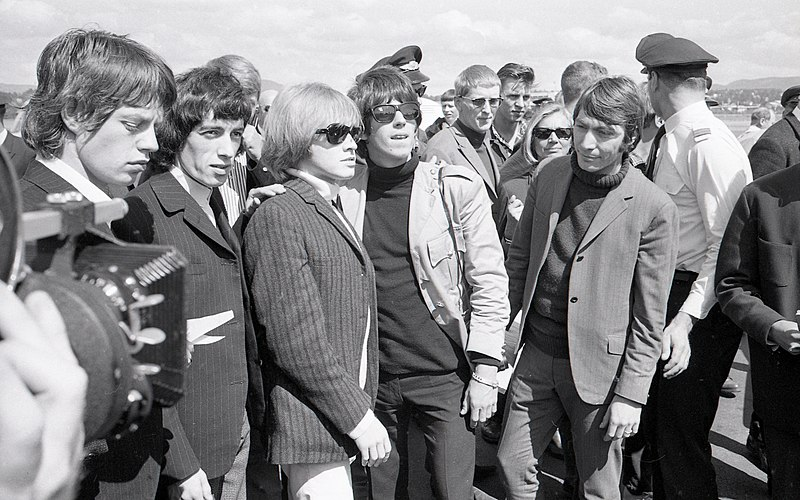 File:The Rolling Stones på Fornebu, 1965.jpg