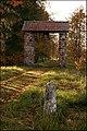 The gateway to Varme cementery - panoramio.jpg
