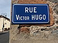 Thizy-les-Bourgs - Rue Victor Hugo - Plaque.jpg