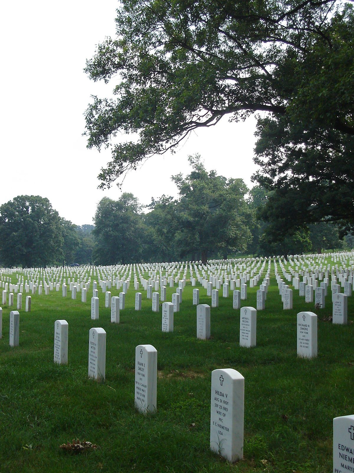 Arlington National Cemetery mismanagement controversy - Wikipedia on