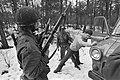 Training militairen ivm uitzending naar Libabon in VN-verband bij Korps Comma, Bestanddeelnr 930-1022.jpg