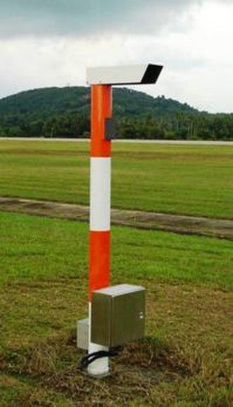 Runway visual range - Transmissometer providing runway visual range information