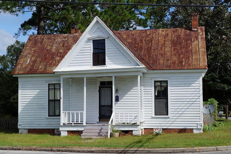 File:Trenton Historic District.JPG