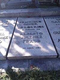 Tumba de Francisco Giner de los Ríos y Alberto Jiménez Fraud.jpg