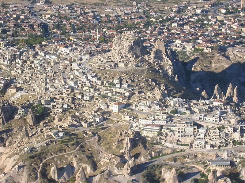 מבצר אוצ'יסאר בקפדוקיה, טורקיה