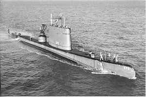 موسوعة غواصات البحرية الامريكية بعد الحرب العالمية الثانية بالكامل 300px-USS_Sailfish%3B0857203