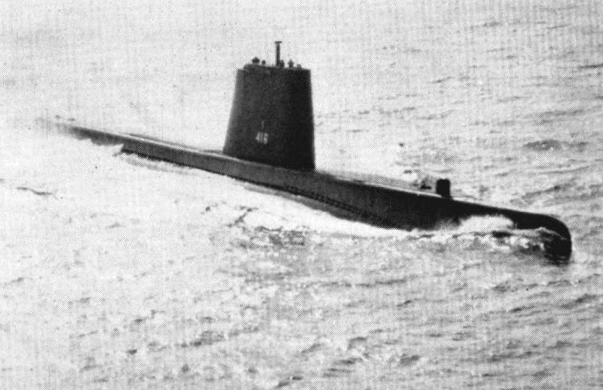 USS Tiru (SS-416) underway c1962