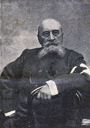 https://upload.wikimedia.org/wikipedia/commons/thumb/3/37/Vasily_Nemirovich_Danchenko.jpg/375px-Vasily_Nemirovich_Danchenko.jpg