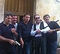 Vento Di Sicilia filminin aktyorları ilə.jpg