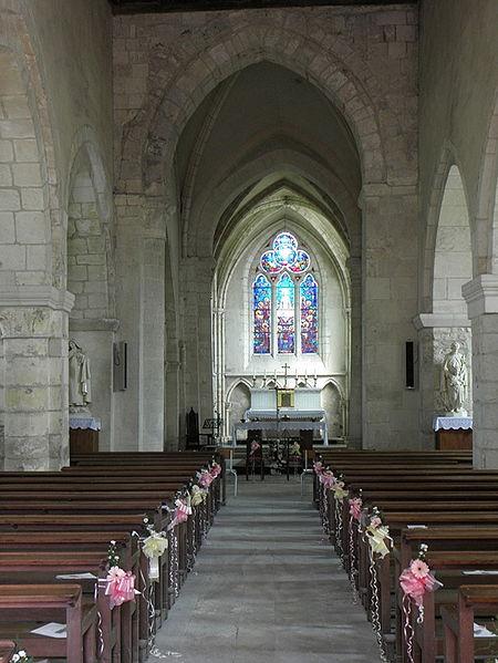Église Saint-Rémi de Verneuil (51). Intérieur.