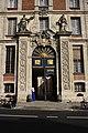 Versailles Hôtel des Affaires étrangères et de la Marine entrance 2011 3.jpg