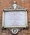 Via di salicotto, targa margherita di savoia e principe tommaso, 1904.JPG