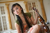 Violinist Diana Yukawa with Violin.JPG