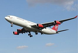 Een Airbus A340 van Virgin Atlanctic Airways