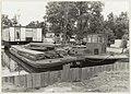 Waarderhaven met renovatiewerkzaamheden aan de beschoeiing. NL-HlmNHA 54005692.JPG