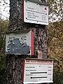 Wegweiser Karstwanderweg zwischen Steigerthal und Kalkhuette (Ghs Kalkhuette 0,4 km).jpg
