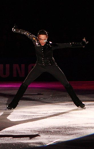 """Johnny Weir - Weir performing his exhibition """"Poker Face"""" at the 2009 Festa On Ice"""