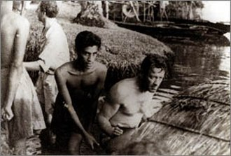 Chandran Rutnam - Image: William Holden and Chandran Rutnam while shooting The Bridge on the River Kwai