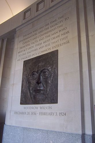 Woodrow Wilson International Center for Scholars - Relief and inscription in the Memorial Hallway of the Woodrow Wilson Center