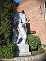 Zabraňte válkám socha Michálkovice.jpg