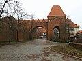 Zamek krzyżacki w Toruniu gdanisko 01.jpg