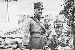 Battle of Skra-di-Legen - Lieutenant General Emmanouil Zymvrakakis (right) with his Chief of Staff