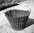 """""""Cajna"""" za prenašanje drv ali sadja, pri Starešinovih, Sanabor 1958.jpg"""