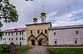 Церковь Вознесения Господня (1591-1593) в Тихвинском Успенском монастыре.jpg