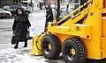 Цуканов знакомиться с продукцией производителей Курганской области 08.jpg