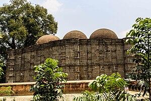 Kusumba Mosque - Image: কুসুম্বা মসজিদের পশ্চিম দিক