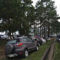 นักท่องเที่ยวจอดรถ กางเต้นท์นอนรอชมทะเลหมอกยามเช้าที่Khao Kho post office - panoramio.jpg