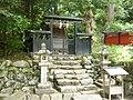 吉野町山口 嶽神社(吉野山口神社境内社) 2011.6.06 - panoramio.jpg