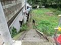 空き地に続く階段 - panoramio.jpg