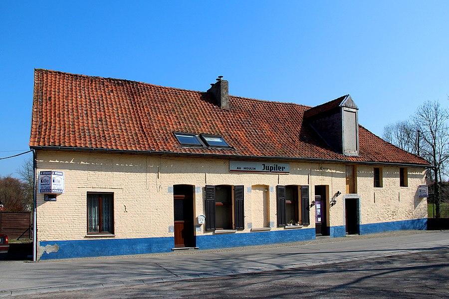 Irchonwelz (Belgique), ancien moulin à eau.