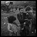 1.1.62. Chez les gens du voyage (1962) - 53Fi5008.jpg
