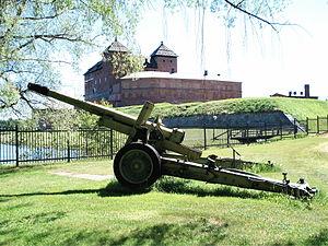 152 mm howitzer-gun M1937 (ML-20) - ML-20 in Hämeenlinna Artillery Museum, Finland.