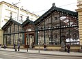 158 Estació Masaryk, façana de vidre a Havlíčkova Ulice.jpg