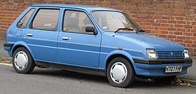 1990 Rover Metro GS Automatic 1.3 Front.jpg