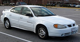 Pontiac Grand Am - Image: 1999 2002 Pontiac Grand Am SE sedan 12 23 2011