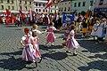 20.8.16 MFF Pisek Parade and Dancing in the Squares 069 (28839547540).jpg