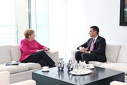 2018-06-26, Pedro Sánchez se reúne con Angela Merkel 2.jpg
