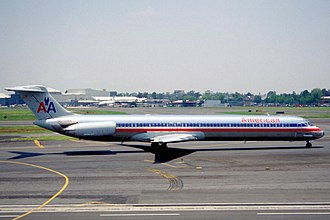 American Airlines Flight 1572 - An American Airlines MD-83 similar to the one involved in the incident.