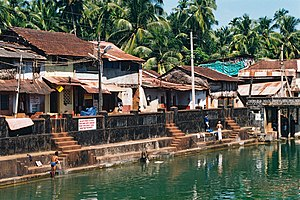 Gokarna, Karnataka - Kotitheertha temple tank in the centre of the town, Gokarna, India