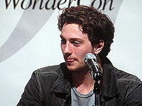 Aaron Johnson at WonderCon 2010 2.JPG