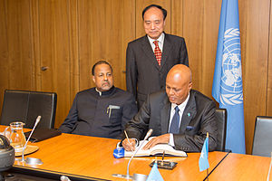 Abdiweli Sheikh Ahmed - Prime Minister Ahmed at the International Telecommunication Union headquarters in Geneva with Ambassador of Djibouti Mohamed Siad Doualeh and ITU Deputy Secretary-General Houlin Zhao.