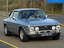 220px-Alfa_Romeo_2000GTV_dutch_licence_r