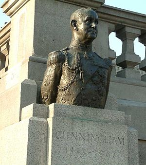 Franta Belsky - Bust of Andrew Browne Cunningham, Trafalgar Square, 1967