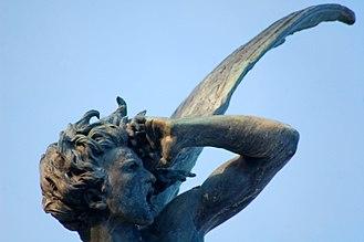 Fuente del Ángel Caído - Detail of the Ángel Caído