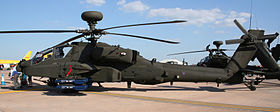 Un WAH64 Apache alla base RAF Fairford durante il Royal International Air Tatoo del giugno 2005.